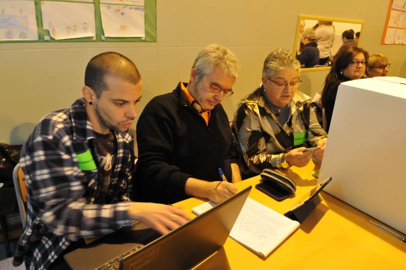 Mesa del 9N durant les votacions