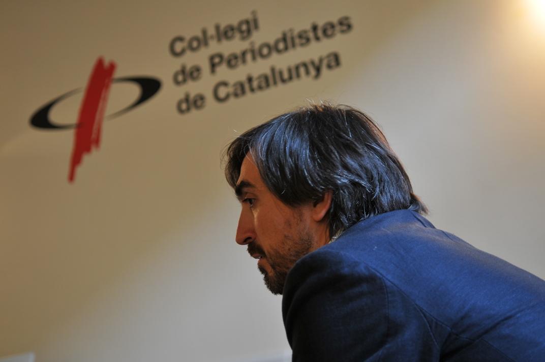 Ignacio Escolar durant l'entrevista al Col·legi de Periodistes
