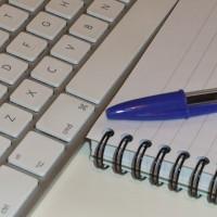 Llibreta o ordinador són les eines de tot freelance. Però, quines són les claus per una bona feina? | Foto: MacFans