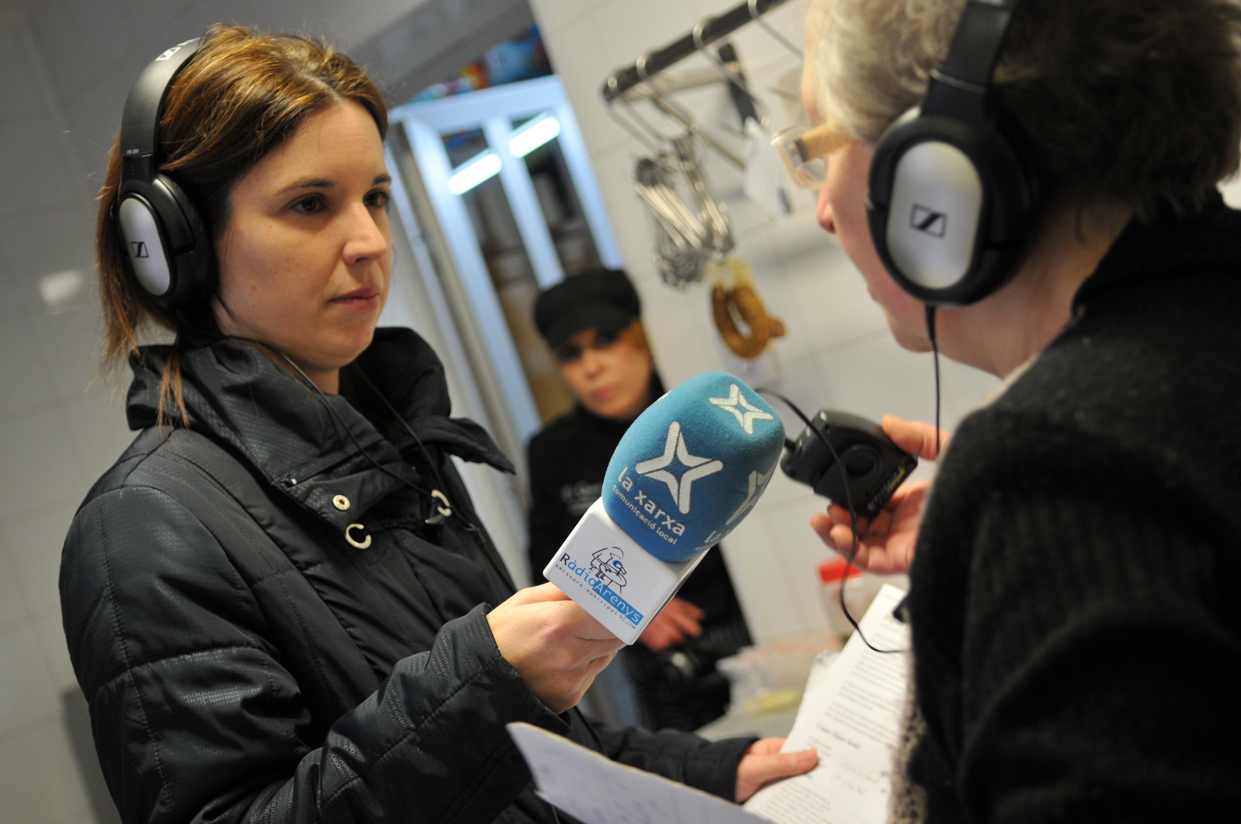 Les ràdios locals, com Ràdio Arenys, ofereixen cada vegada més contingut 'a la carta'   Foto: José Luis Gómez Galarzo