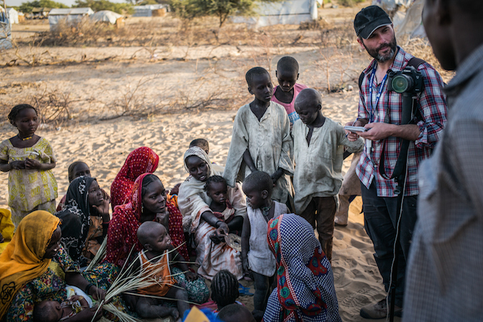 El corresponsal Xavier Aldekoa és autor del llibre Océano África. Foto: Joan Gomis