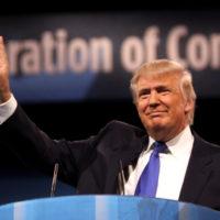 Ciutadans i mitjans de comunicació nord-americans han posat en dubte moltes de les afirmacions de l'actual president dels EUA, Donald Trump | Foto: Gadge Skidmore (cc)