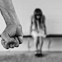 La violència contra les dones s'explica amb llenguatges ben diversos
