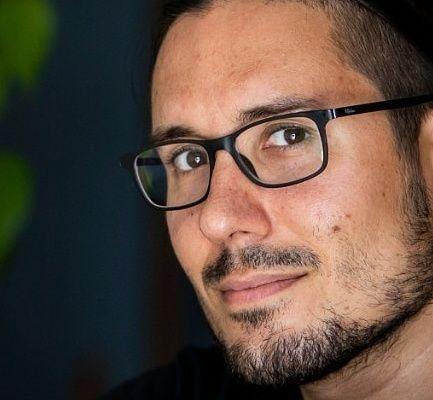 Albert Garcia, fotoperiodista d'El País, és el protagonista d'uns fets que el Col·legi ha denunciat